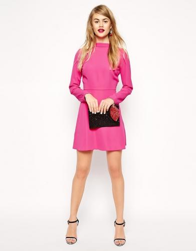 Robe courte trapèze rose avec col cheminée.jpg